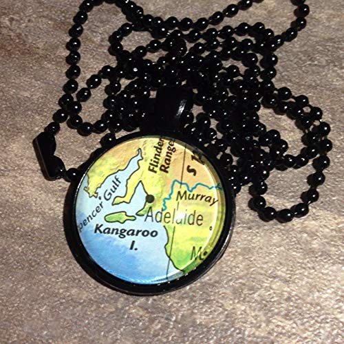 Kangaroo I. Murray Adelaide Australia Map Pendant Black Necklace VNTG Atlas GH-488