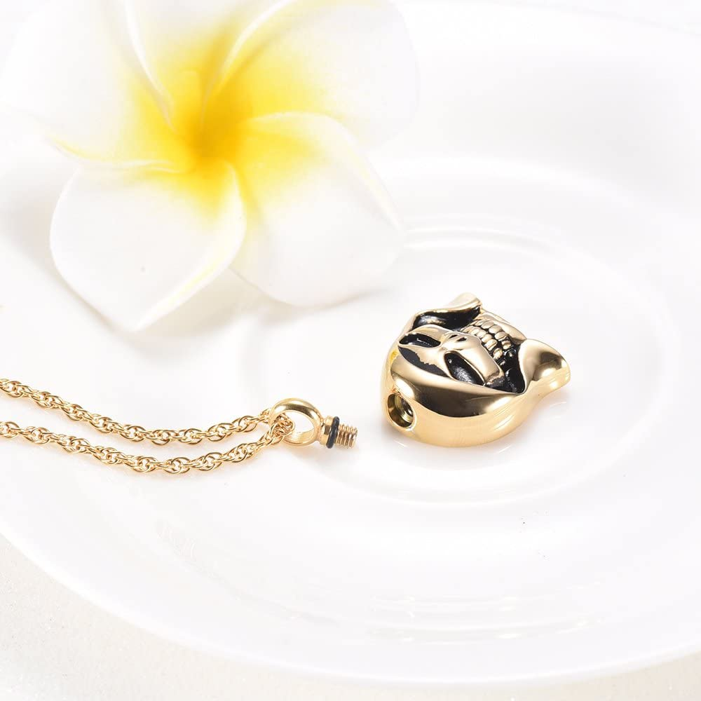 Hip Hop Skull Cremation Keepsakes Necklace for Ashes Stainless Steel Memorial Ash Keepsake Urn Pendant Necklace for Men