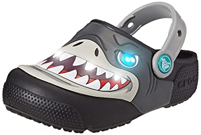 c6ce50eebb8cb Amazon.com | Crocs Kids' Boys and Girls Shark Light-Up Clog | Clogs ...