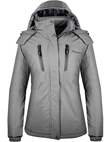 79bb4b4127 OutdoorMaster Women s Ski Jacket Basic - Winter Jacket with Elastic Powder  Skirt   Removable Hood