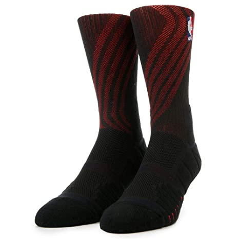 cheap for discount 6d181 606e3 Image Unavailable. Image not available for. Color  Nike Men s Elite Quick Portland  Trail Blazers Crew Socks ...