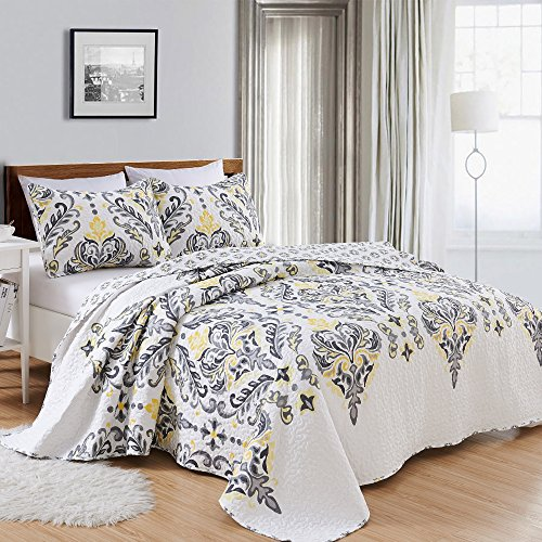 3-Piece Printed Quilt Set with Shams. All-Season Cotton-Polyester Bedspread with Ornamental Geometric Pattern. Lauretta Collection By Great Bay Home Brand. (King, Yellow)