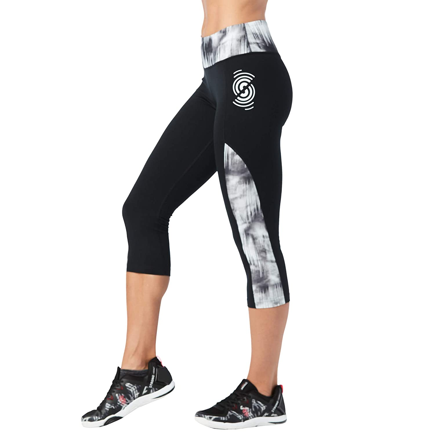 160b2fada8ef5b Amazon.com: Strong by Zumba Women's Wide Waistband Athletic Performance Cropped  Workout Leggings with Compression: Clothing