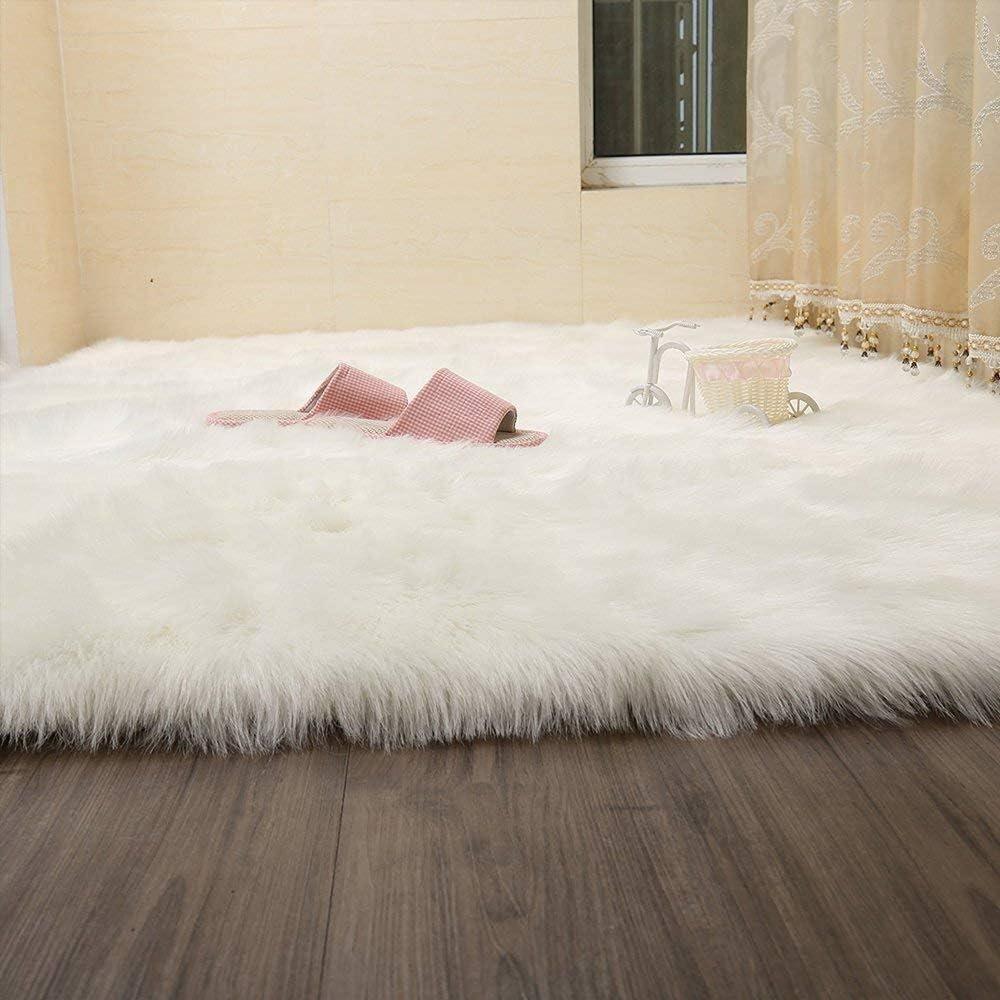 Alfombra de Piel sint/ética Lavable para sof/á o Dormitori DAOXU Piel de Imitaci/ón,Cozy sensaci/ón como Real 50 x 150 Blanco