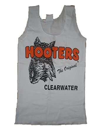 1266782b84feb6 Hooters Clearwater White Tank at Amazon Women s Clothing store