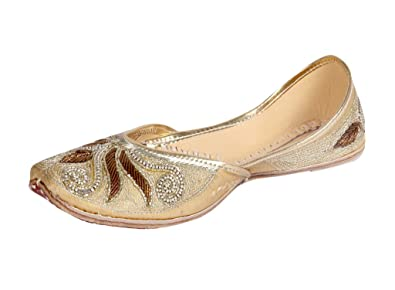 2d1fb6e8 Panahi Copper Wedding Ethnic Punjabi Jutti for Women: Buy Online at Low  Prices in India - Amazon.in