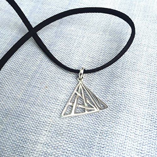 The Three Dimensional Triangle with Lined Design 925 Sterling Silver Pendant Necklace