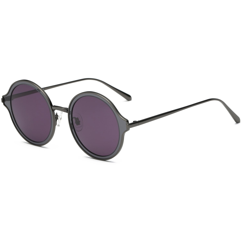 6ed547b0ef48b Amazon.com  AMOMOMA Round Polarized Sunglasses Metal Frame Flat Lens Unisex  Glasses AS1709 Gun Frame Grey Lens  Clothing