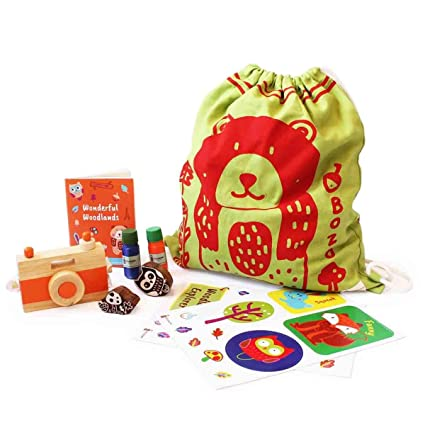 Shumee Adventure kit – Camera, Stamp Set, Stickers, Record Book & Drawstring Bag for Kids (Age 3+) (Bear)