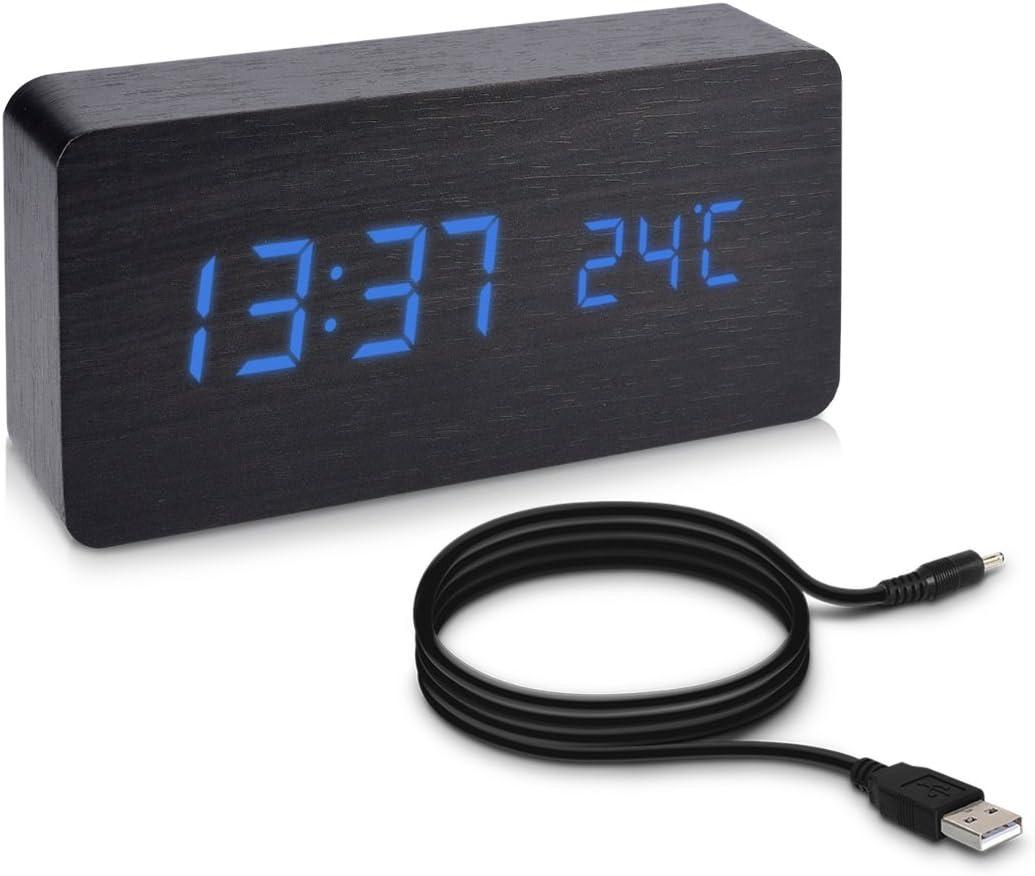 kwmobile Reloj Digital de Madera - Despertador con función de Hora Fecha Temperatura - Reloj Despertador con Cable USB en Negro con Leds Azules