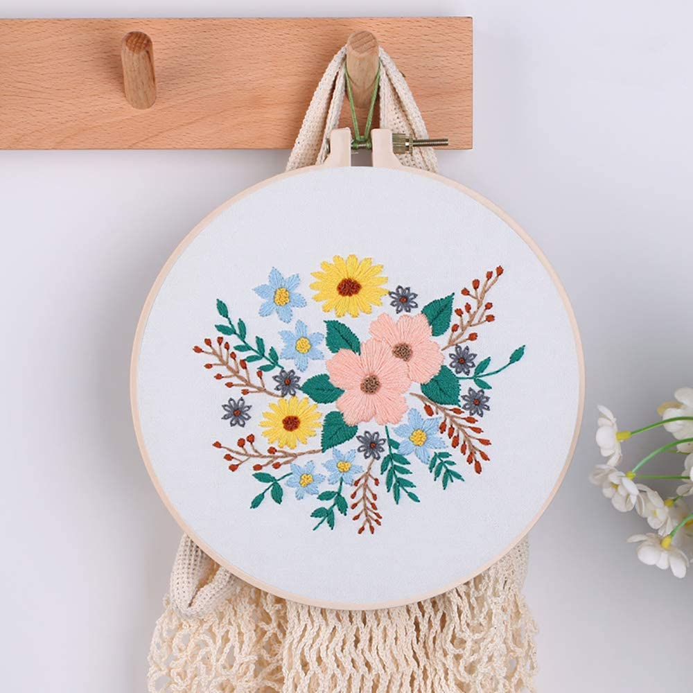 Faylapa 12 Pieces 5 Inch Embroidery Hoops Set Adjustable Bamboo Circle Cross Stitch Hoop Round Ring,for Embroidery,Cross Stitch,Art Craft Handy Sewing