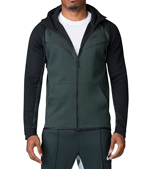 b9e616caf295 Nike Tech Fleece Windrunner CB Outdoor Green Heather Black  Amazon ...
