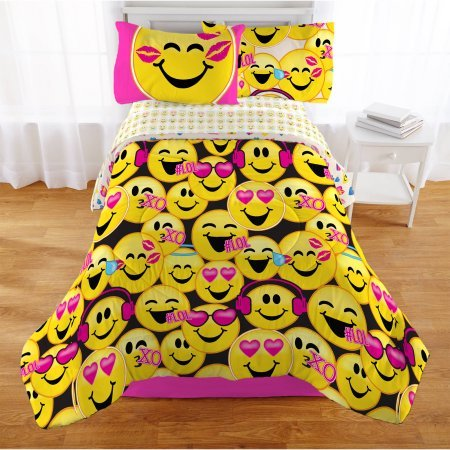Crawford Daybed - Emoji Nation Happy Happy Twin Bedding Bed in a Bag - Machine Washable