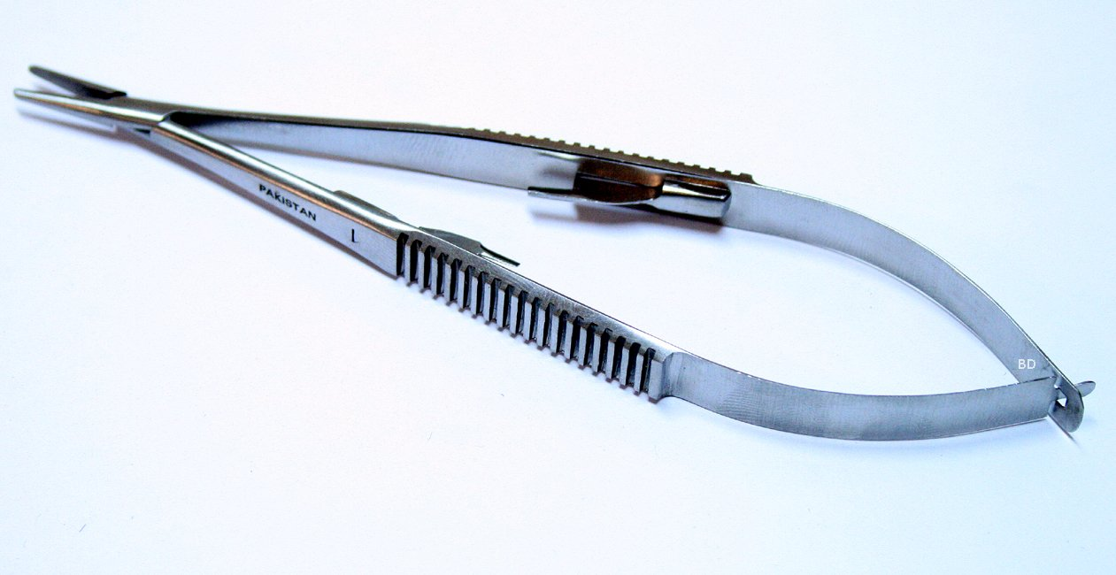 Castroviejo Needle Holder Stainless Steel Straight With Lock