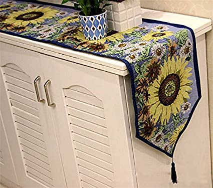 Attirant Indoor Outdoor Dining Accessories Colorfulife Set Of 1 Tapestry Table  Runner And 4 Placemats For Festival