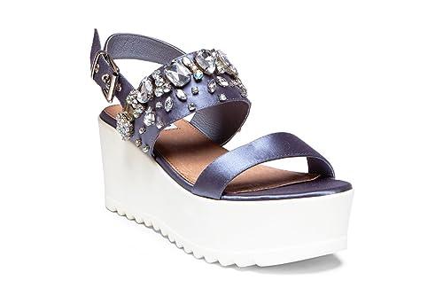 a07132d7eae Steve Madden x Iggy Azalea Women s ONO Platform Sandal