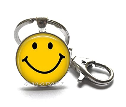 Amazon Classic Yellow Smiley Face Keychain Be Happy Emoticon