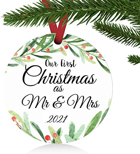 First Christmas Married Ornament 2021 Amazon Com Zunon First Christmas Ornaments 2021 Our First Christmas As Mr Mrs Couple Married Wedding Decoration 3 Ornament Green Mr Mrs Kitchen Dining