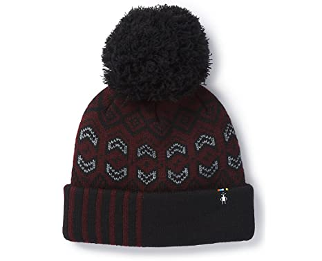8eff7893a96 Amazon.com  SmartWool Unisex Crystal Ridge Pattern Hat Fig Heather One Size   Clothing