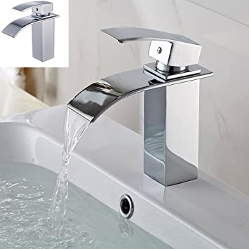 robinets qui sont trop gros fille blanche obtient grosse queue