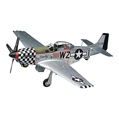 Revell 1:48 P - 51D Mustang: Toys & Games