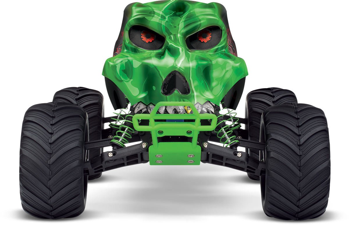 amazon com traxxas skully 1 10 scale monster truck with tq 2 4ghz