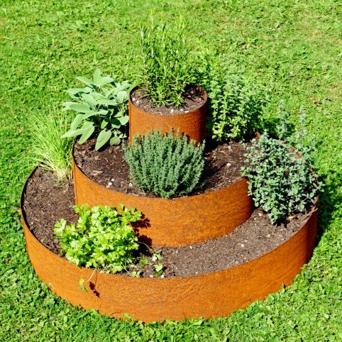 Pflanzenpyramide mit Edelrost-Patina Ø 80 cm