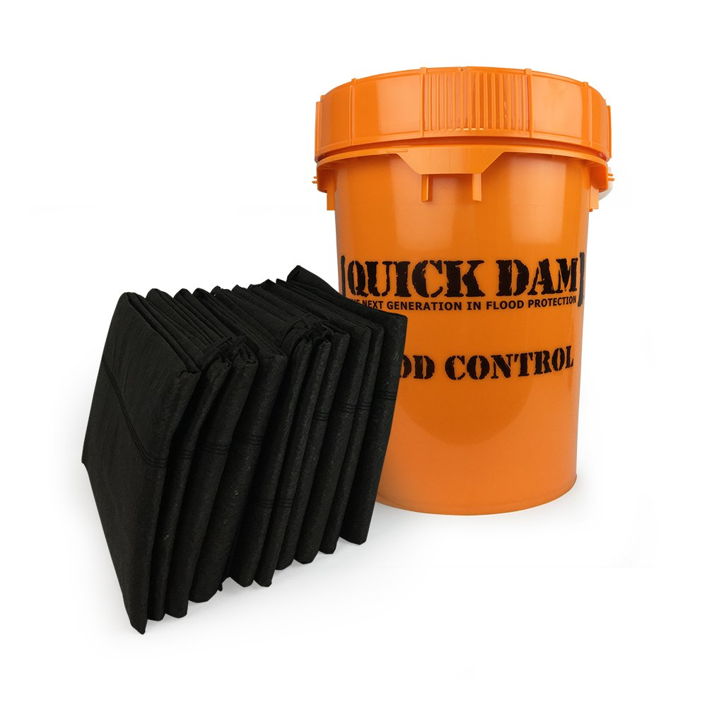 Quick Dam Grab & Go Flood Kit includes 10- 5-ft Flood Barriers in Bucket (QDGG5-10) by Quick Dam