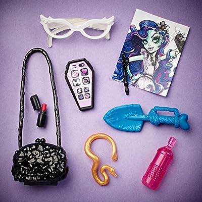 Monster High Amanita Nightshade Doll: Toys & Games
