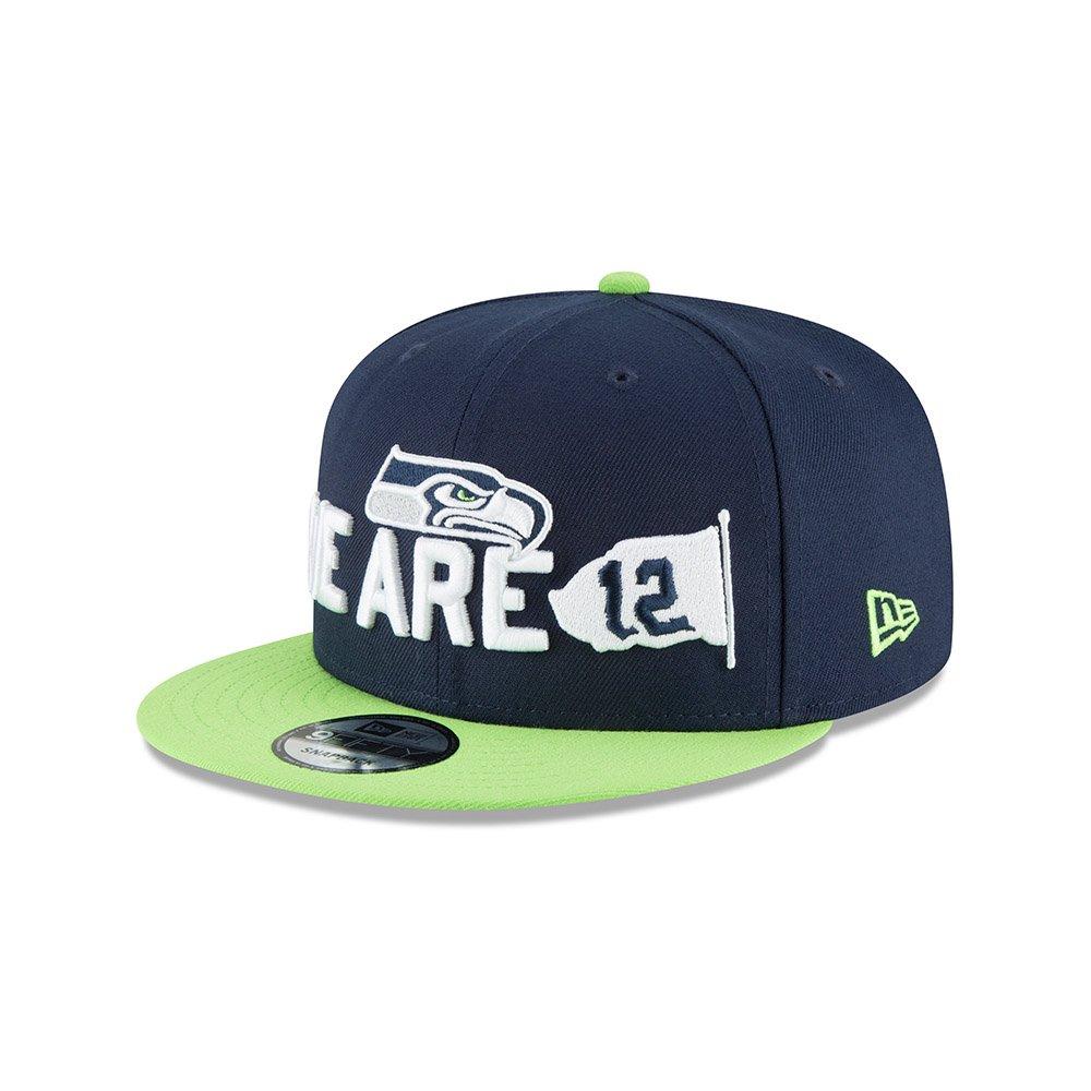 new style 98af4 96703 Amazon.com  New Era Seattle Seahawks 2018 NFL Draft Spotlight Snapback  9Fifty Adjustable Hat  Clothing