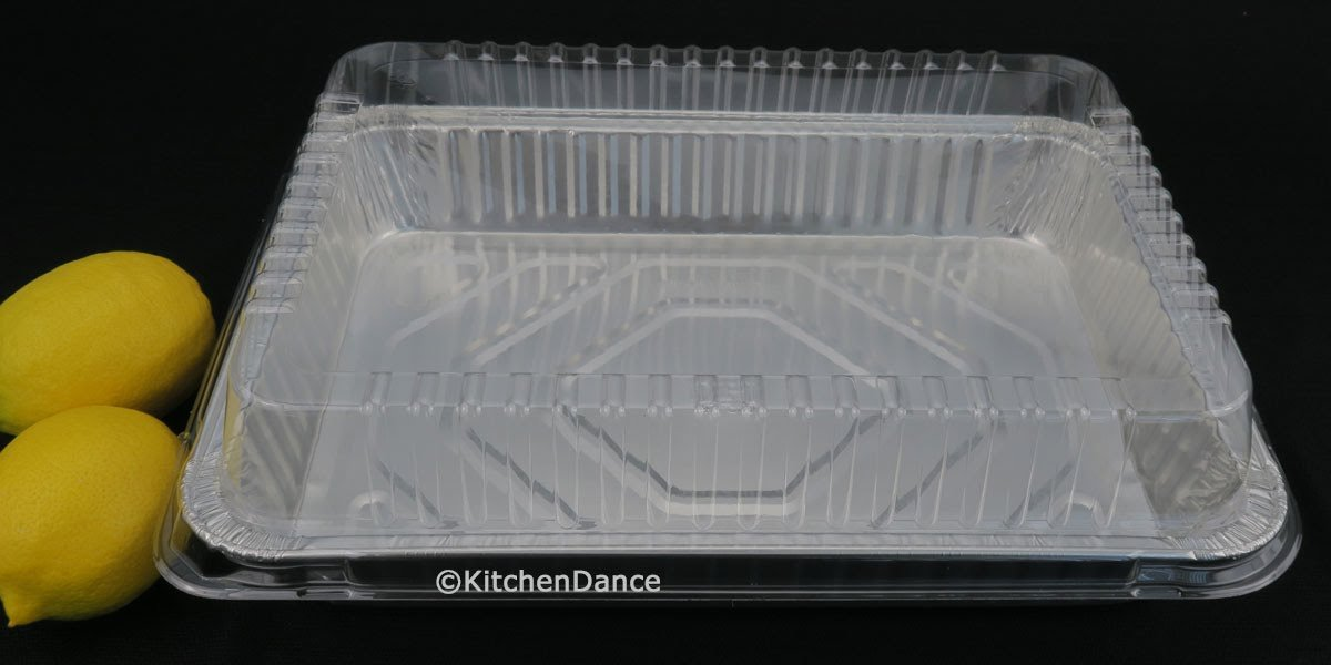 Disposable Aluminum 13 x 9 x 2 Cake Pan with Clear Plastic Lid #4700P (100)