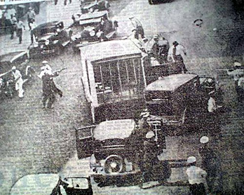 MINNEAPOLIS GENERAL STRIKE Teamsters 'Bloody Friday' Police Attack1934 Newspaper THE DETROIT NEWS, July 21, 1934