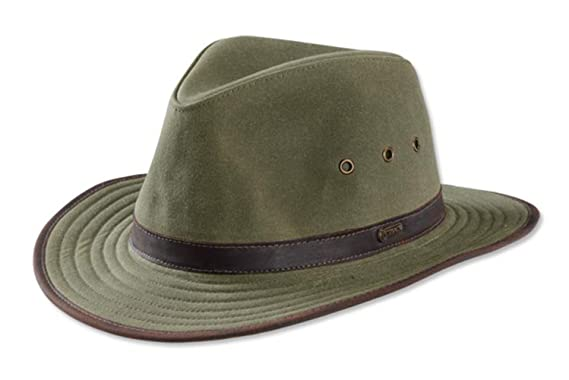 04ed69a83b366 Amazon.com  Orvis Oilcloth Outback Hat  Clothing