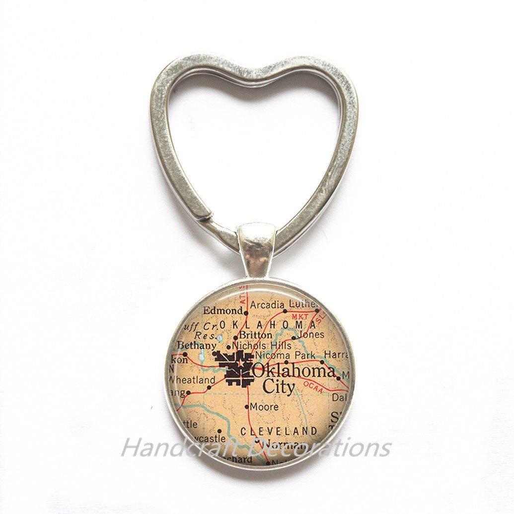 Vintage Style Bronze Charm Pendant Hamsa Hand//Leaf// Skull Bird Keychain Key ring