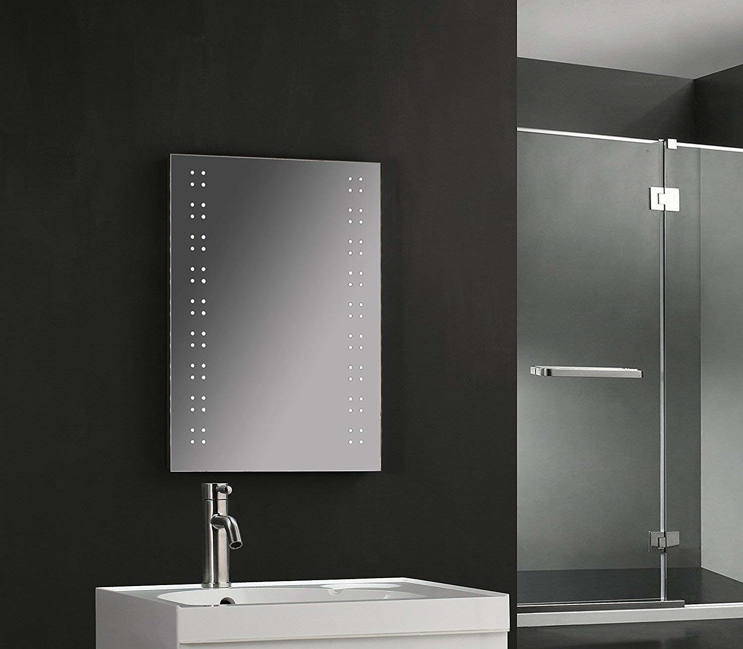 Tailored Plumb 700 x 500mm 80 LED Illuminated Touch Bathroom Mirror Demister Shaver Socket IP44