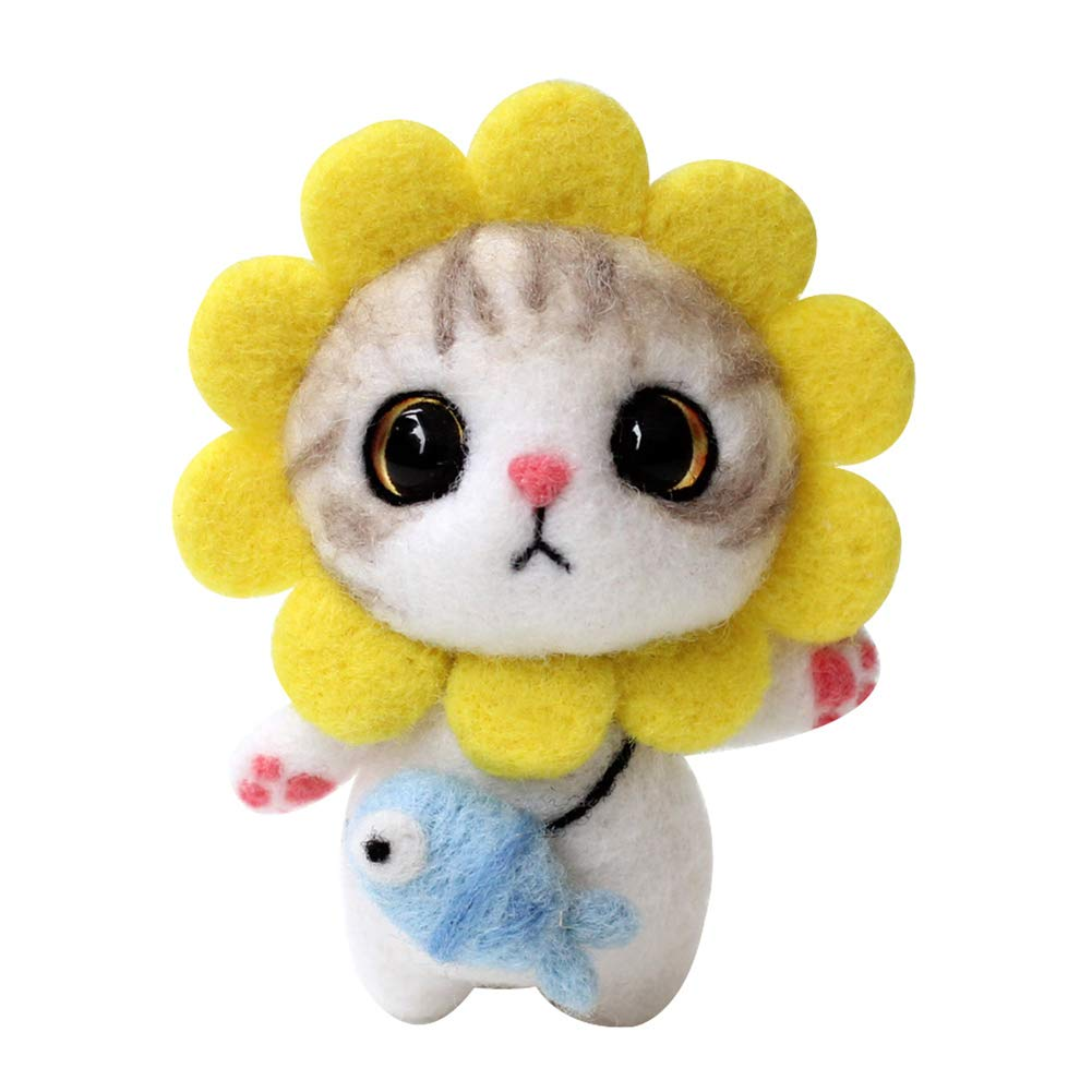 VKTECH Wool Felting Animals Kit DIY Handmade Non Finished Cat Handcraft with Needle Felting Material and Instructions (Strawberry Cat)