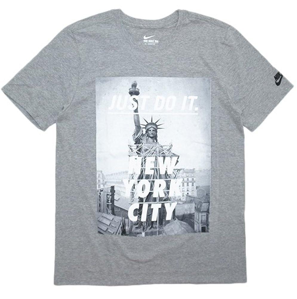 f386ffa27f Amazon.com  Nike Men s Just Do It New York City Statue of Liberty Short  Sleeve Athletic T Shirt (Large)  Sports   Outdoors