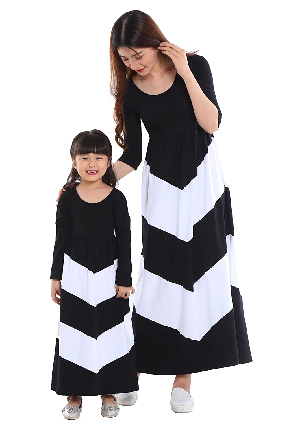 146933ff5 Amazon.com  Wennikids Cotton Material Mommy and Me Chevron Maxi ...