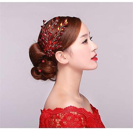 Coiffures pour une robe de mariГ©e rouge