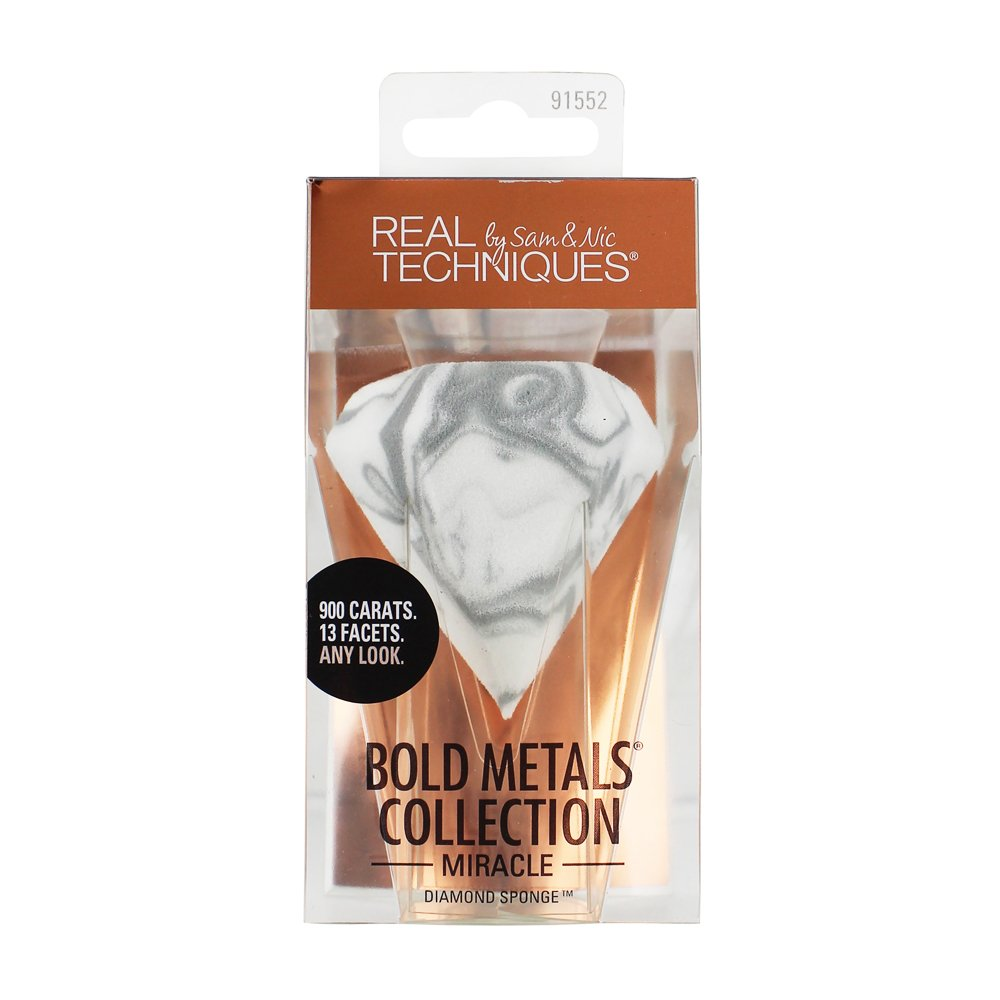Real Techniques Bold Metals: Diamond Sponge Uniquely Designed for Versatility, For Use Dry or Wet, Ideal for Creams or Liquids for Flawless Results;
