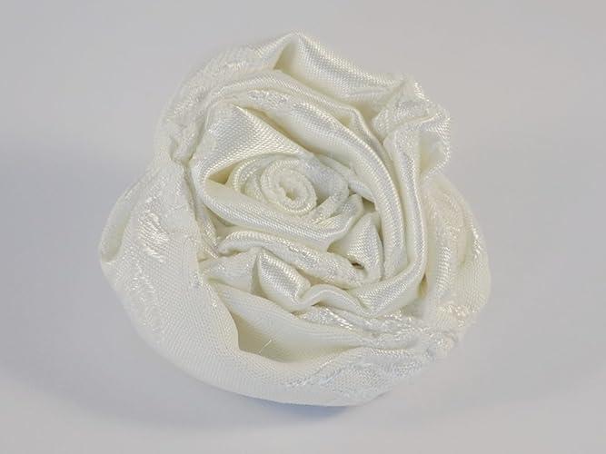 Broche Rose Blanche en satin brodé