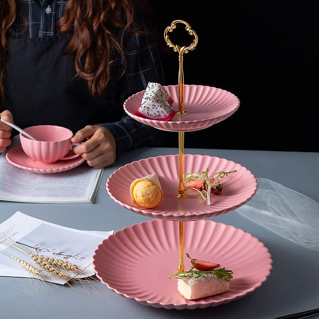 Amazon.com: BonNoces - Bandeja de porcelana para cupcakes de ...
