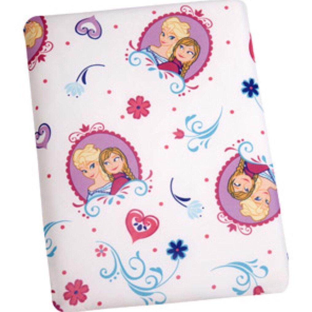 Disney princess toddler bedding 4 piece set - Amazon Com Disney Frozen Toddler Bed Set With Plush Throw Blanket Frozen Night Light 6 Piece Baby