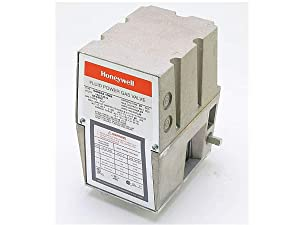 Honeywell, Inc. V4062A1008 Off-Lo-Hi Fluid Power Gas Valve Actuator, 120 Vac, Damper Shaft