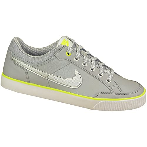 super popular 669d4 817d7 Nike Capri 3 LTR (GS), Zapatillas de Tenis para Niñas Amazon.es Zapatos y  complementos