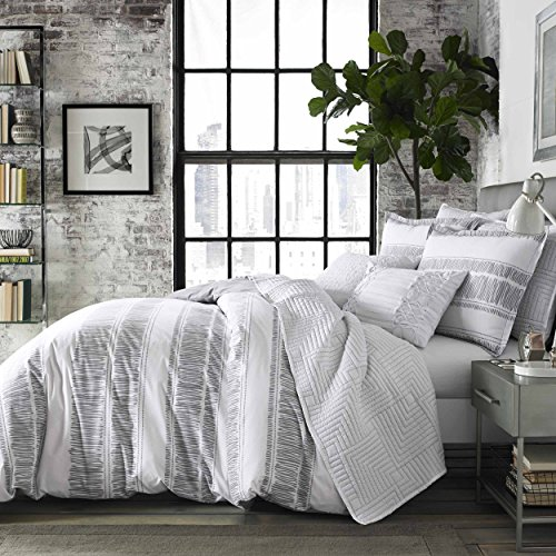 City Scene Ziggy Comforter Set, Full/Queen, White -