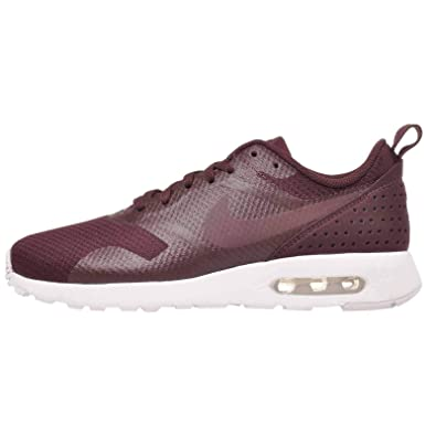 timeless design 6f2ea 6a84e Image Unavailable. Image not available for. Color  Nike Women s WMNS Air  Max Tavas ...