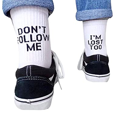 Cavestoff calcetines de algod/ón blanco y negro con texto en ingl/és Dont Follow Me Im Lost Too Creative Daily Unisex mujeres hombres Casual Funny Letter Print Skateboard