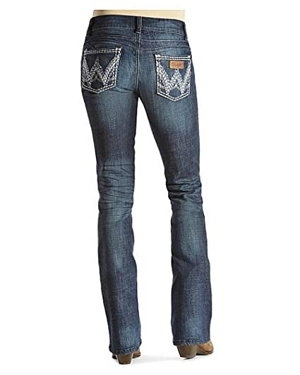 d96015489fe Wrangler Women s Premium Patch Sadie with Booty Up Technology at Amazon Women s  Jeans store