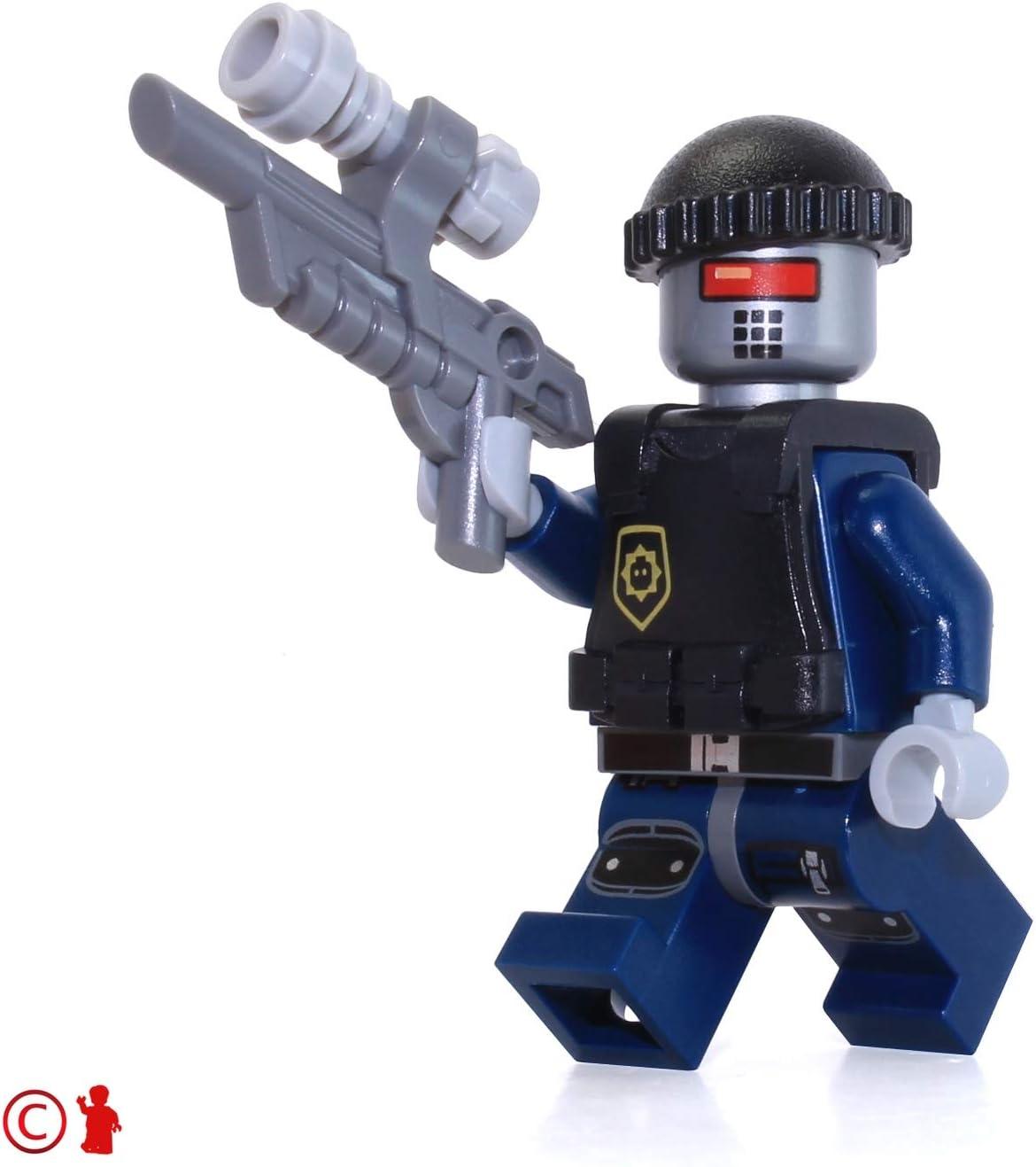 LEGO The Lego Movie Robot Swat with Vest Helmet Minifigure 70808 Robo Mini Fig